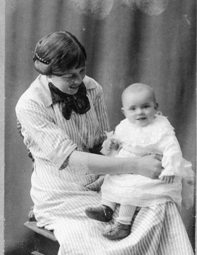 Greta Danielsson med dotter Doris